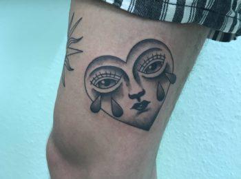 Tattoo Herz Oberschenkel Permanent Art