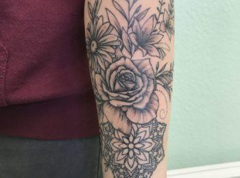 Tattoo Blumen Unterarm Permanent Art