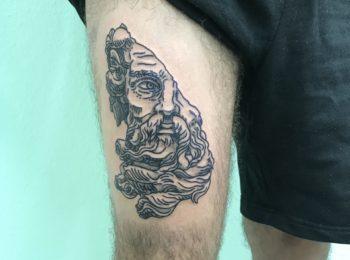 Tattoo episch Oberschenkel Permanent Art