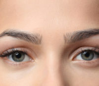 Augenbrauen Schattierung vorher